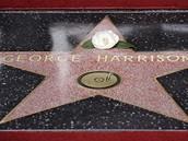 Člen The Beatles George Harrison má posmrtně hvězdu na hollywoodské chodníku slávy