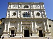 Itálie, Aquila před zemětřesením