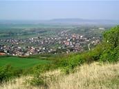 Slovensko. Kamenica nad Hronom - výchozí místo pro přechod pohoří Burda