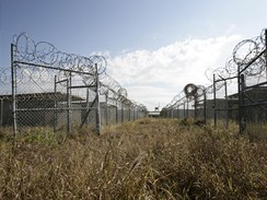 Vojensk� v�zen� Guant�namo - t�bor X-Ray