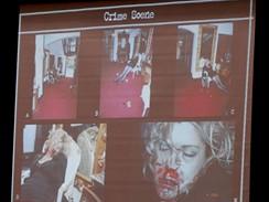 Ze soudního přelíčení s Philem Spectorem - místo čino (oběť herečka Lana Clarksonová)