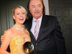 Iveta Bartošová a František Janeček