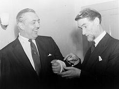Duncan Macrae a Jacques Tati v roce 1955