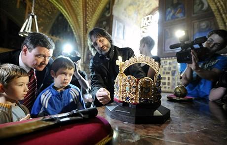 Kopie Císařské koruny od šperkaře Jiřího Urbana