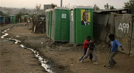 Předvolební scéna z osady Kliptown v Jihoafrické republice.