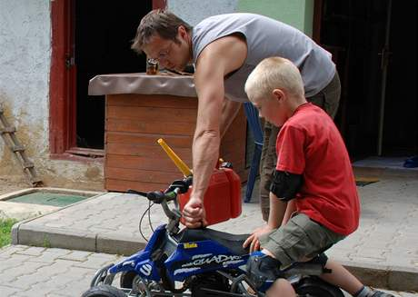 Tibor a syn