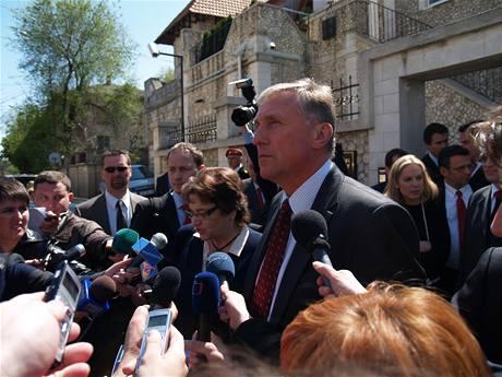 Mirek Topolánek po jednání s moldavskou opozicí (22. dubna 2009)