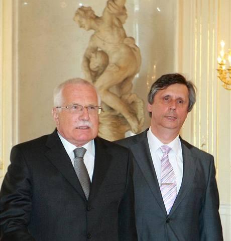 Jan Fischer a Václav Klaus na Pražském hradě (24. dubna 2009)