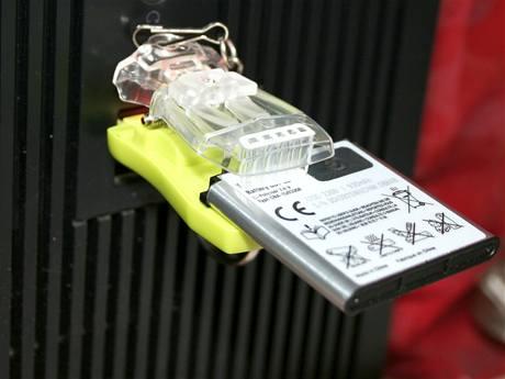 Univerzální USB nabíječka