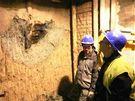 Dělníci narazili při ražbě kolektoru na Dominikánském náměstí v Brně středověkou studnu