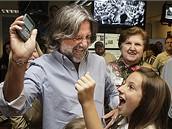 Pulitzerova cena 2008 - fotograf Miami Herald Patrick Farrell a jeho dcera s matkou se radují ze zisku ceny