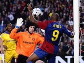Barcelona - Chelsea: Čech zasahuje proti Eto'ovi