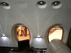 Vybavení pro cestující v letounu Hawker 800XP