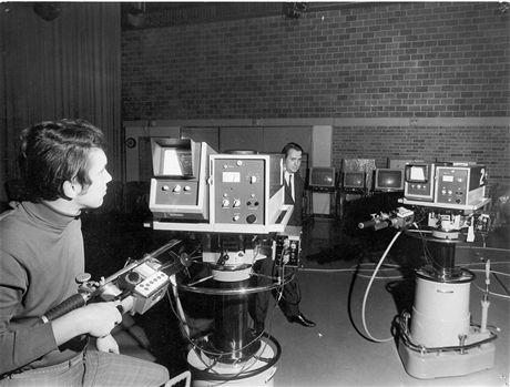 036 - radiospojove kamery