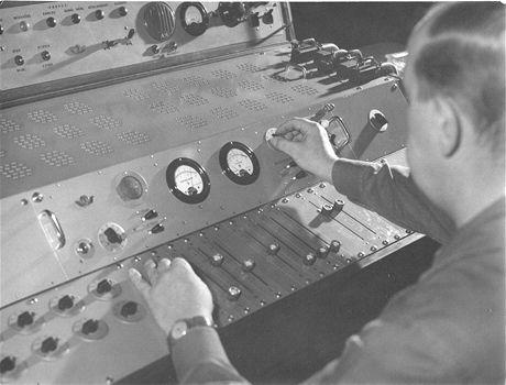 047 - rozhlasové pracoviště