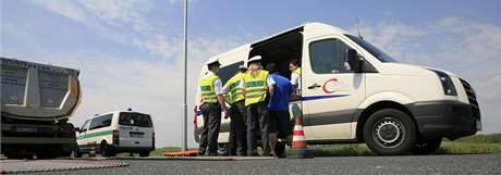 Kontrola kamionů na rychlostní silnici z Brna do Pohořelic