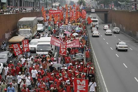 Prvomájové demonstrace ve světě.