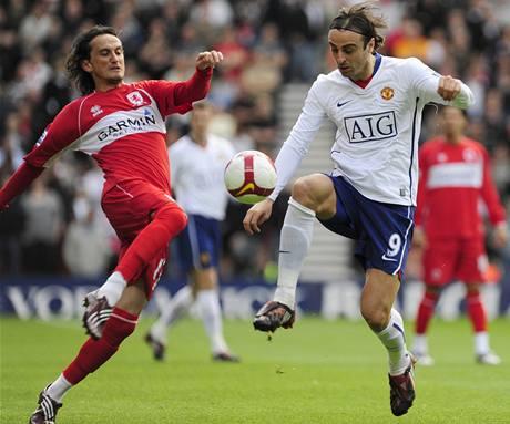 Middlesbrough - Manchester United: Sanli (vlevo) a Berbatov