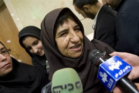 Do íránských prezidentských voleb se poprvé mohou registrovat i ženy