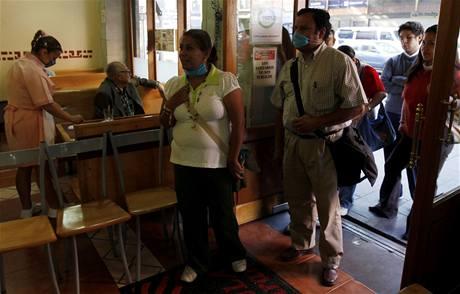 V Mexiku po pěti dnech znovu otevřela většina restaurací a obchodů (6. května 2009)