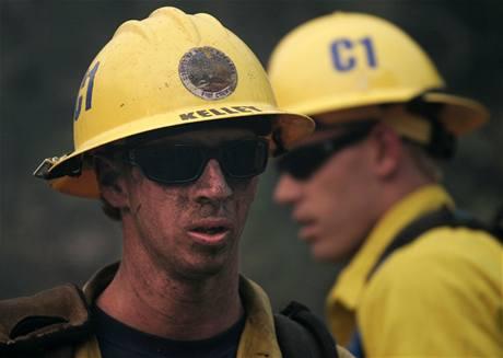 Požár v kalifornské Santa Barbaře (7. května 2009)