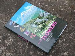 Klub skalničkářů Praha vydal ve vlastní režii i výpravnou publikaci o Kavkazu, jev angličtině a na výstavě ji zakoupíte za 1500 Kč.
