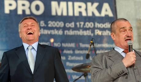 Mirek Topolánek s Karlem Schwarzenbergem.