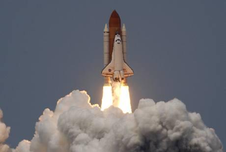 Raketoplán Atlantis odstartoval k opravě Hubbleova teleskopu (11.5.2009)