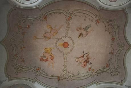 Freska na stropě v Tom´s baru