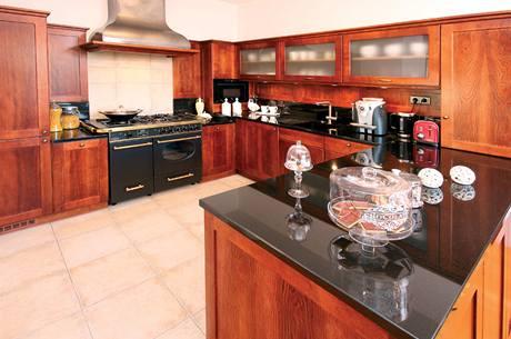 Kuchyně má netradičně velký prostor
