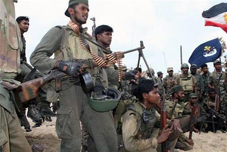 Vládní vojáci právě dobyli baštu tamilský Tygrů