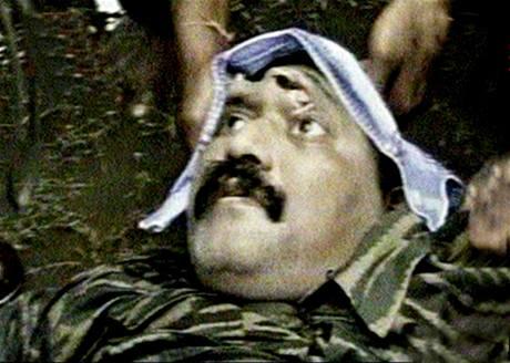 Srílanská armáda ukázala fotografii zabitého vůdce tamilských Tygrů Vélupilláí Prabhákaran