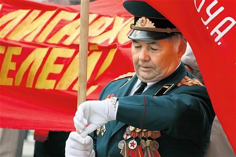 Komunisté v Rusku sní o návratu zašlých časů, na dění v zemi mají však už jen malý vliv