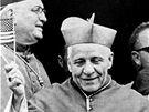 Kardinál Josef Beran. Článek k 1. výročí umrtí kardinála Berana byl plně v režii StB. Květy, květen 1970.