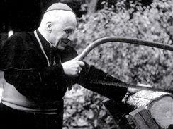 Kardinál Josef Beran.