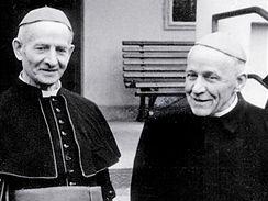 Kardinál Josef Beran se slovenským biskupem Jánem Vojtaššákem.