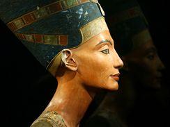 Busta egyptské královny Nefertiti