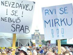 Koncert pro Mirka Topolánka na Václavském náměstí v Praze (12. května 2009)