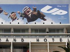 první animovaný film v historii soutěže filmového festivalu v Cannes Up (Vzhůru do oblak) má v dějišti festivalu velkou reklamu