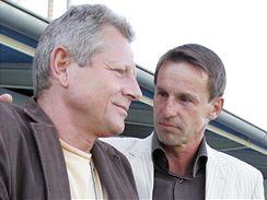 V kladenském hledišti se sešel nový reprezentační trenér František Straka (vpravo) s kolegou Vlastimilem Petrželou.