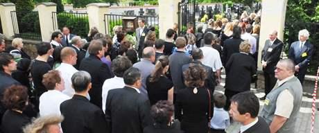 Pohřeb zavražděných dětí v Blatnici na Hodonínsku