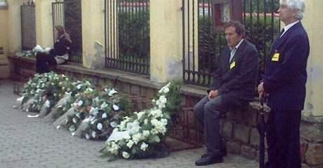 Pohřeb zavražděných dětí v Blatnici