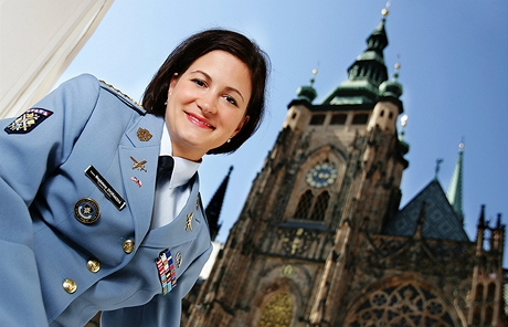 kpt. Magdalena Dvořáková - královna festivalu NATO