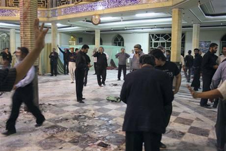 Výbuch v mešitě v íránském Záhedánu si vyžádal dvě desítky životů (28. května 2009)