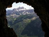 Itálie, Dolomity. V tunelu Lagazuoi