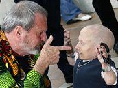 Terry Gilliam a Verne Troyer letos v Cannes osobně představili Imaginairum Dr. Parnasse