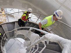 Dokončování pavilonu P na brněnském výstavišti
