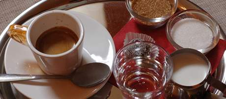 Espresso v Café Encounter
