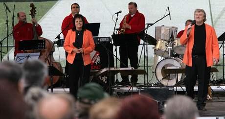 Eva a Vašek pod Řípem, 30. 5. 2009