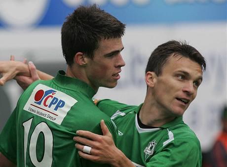 Jablonec - Zlín: domácí Milan Vukovi� a David Lafata se radují z gólu